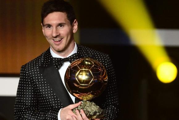 Messi recibió el cuarto Balón de Oro en 2012