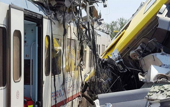 Accidente de trenes en Italia. Foto: EFE