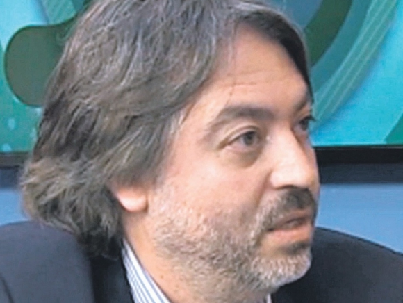 Álvaro Paz
