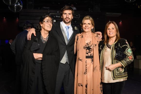 María Eugenia Vergara, Nicolás García Pintos, María Inciarte, Beatriz Stirling. Foto: LR PRODUCCIONES.