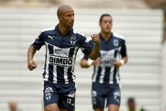 Carlos Sánchez festejando el gol de Monterrey. Foto: AFP