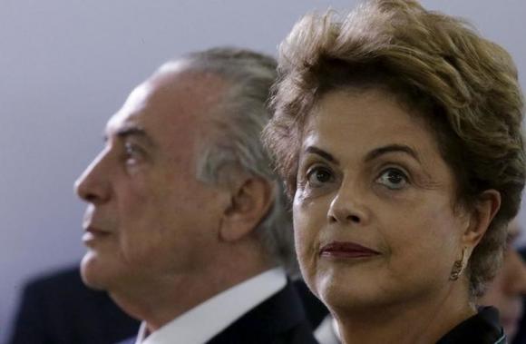 La presidenta de Brasil, Dilma Rousseff, junto al vicepresidente Michel Temer. Foto: Reuters.