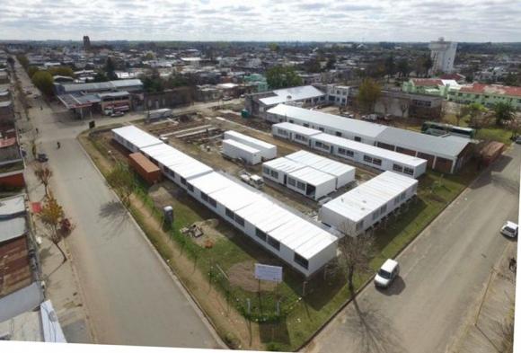 Cifra: 32 aulas prefabricadas fueron instaladas por la ANEP. Foto: ANEP