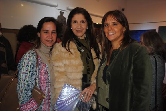 Raquel Leindekar, Gabriela Carrau, Carolina Cesio.