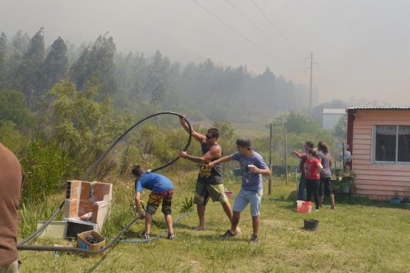 Nuevamente hay un incendio en Cerro del Toro. Foto: Ricardo Figueredo
