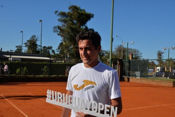 Almagro entrenó mientras otros buscaban clasificar. Foto Uruguay Open