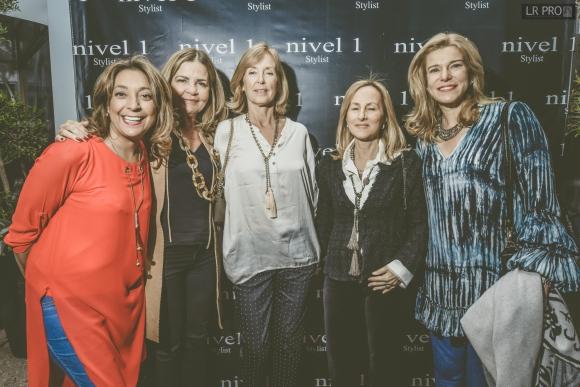 Patricia Falero, Rosa Tilve, Cecilia Soler, Daniela Armas, Carolina Vera.