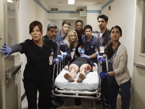 Marcia Gay Harden encabeza el elenco del nuevo drama médico de Sony.