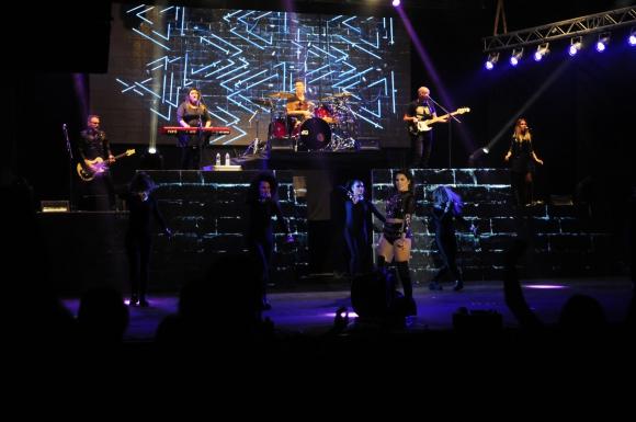 El show de Lali Espósito invitó a miles de jóvenes al Teatro de Verano. Foto: Marcelo Bonjour