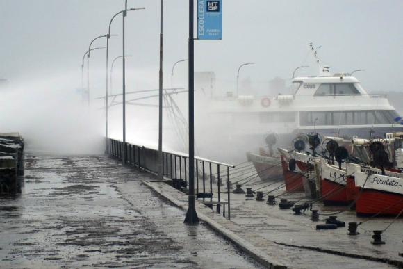 Temporal de viento en Maldonado. Foto: Ricardo Figueredo