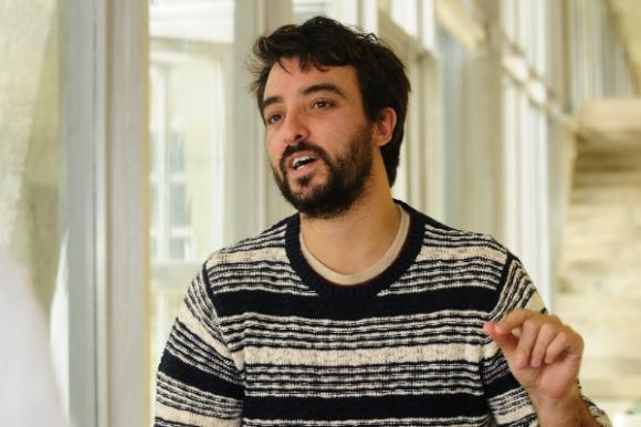 Rodolfo Sayagués, guionista que trabaja en Hollywood (Foto: Marcelo Bonjour)