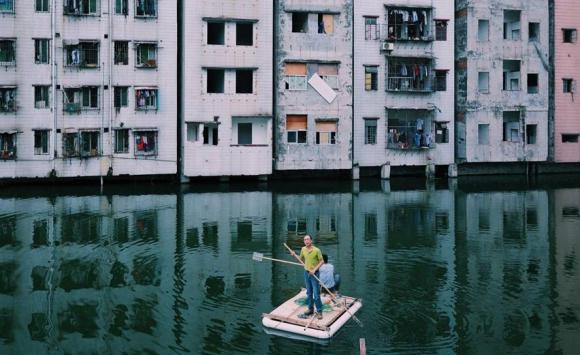 Pescando en la laguna Xian, China. Foto: Yuyang Liu.