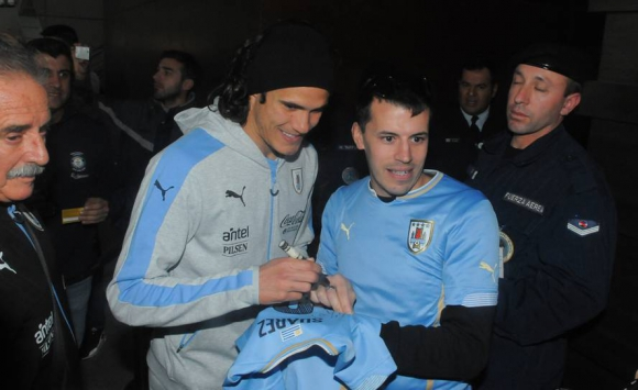La Selección de Uruguay partió hacia Estados Unidos. Foto: Ariel Colmegna
