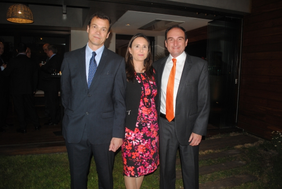 Juan Opertti, Martha Cambre, Luis Camacho.