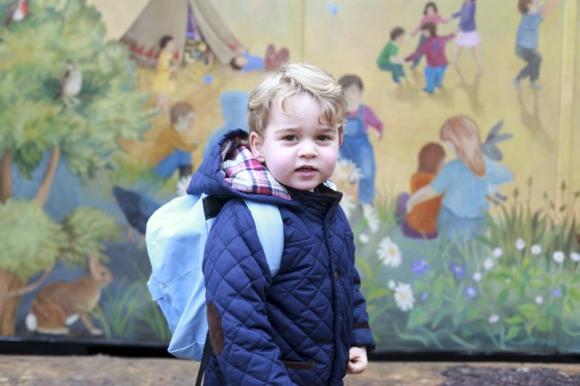 Príncipe Jorge en su primer día en la guardería. Foto: Reuters