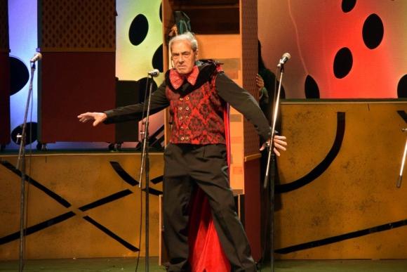 Este Carnaval hace al Diablo en la parodia 'El abogado del Diablo'