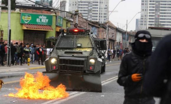 Incidentes en el aniversario del golpe de Estado chileno: Foto: Reuters.