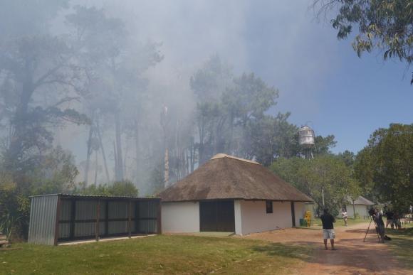 Incendio en Pinares, Maldonado. Foto: Ricardo Figueredo