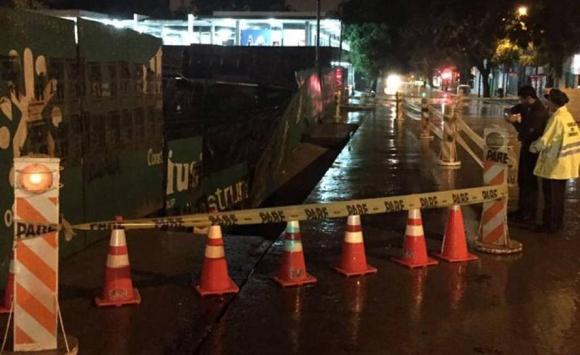 Una construcción en Arenal Grande, entre Mercedes y Uruguay, se desmoronó. Foto: Pablo Ferrer.