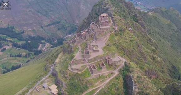 Machu Picchu desde el aire. Foto: Captura de video
