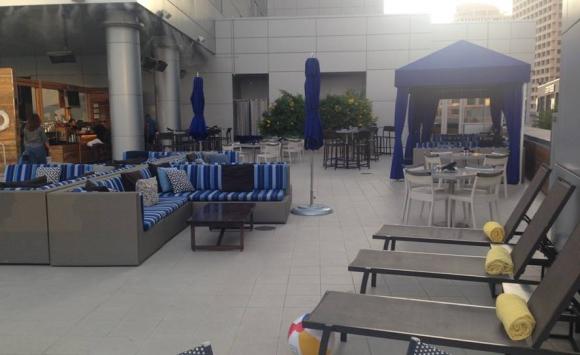 El hotel Kimpton Palomar en Phoenix, donde se quedará la Selección de Uruguay. Foto: Daniel Rosa