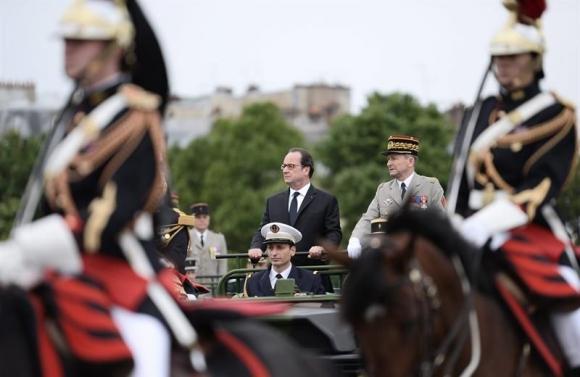 Fiesta Nacional en Francia. Foto: EFE