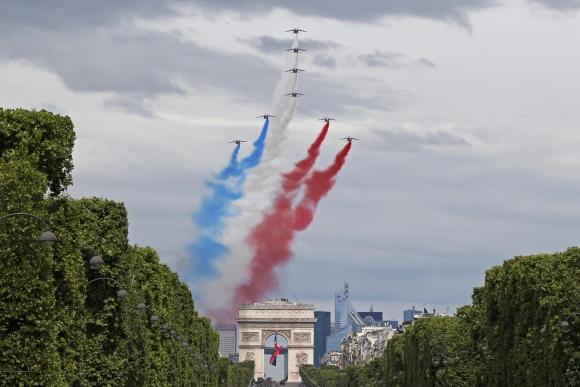 Fiesta Nacional en Francia. Foto: Reuters