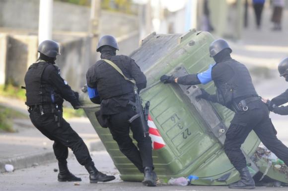 Incidentes en el barrio Marconi. Foto: Marcelo Bonjour