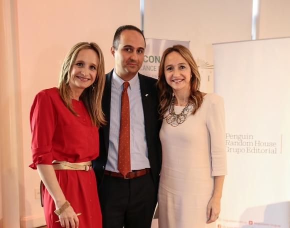 Laura, Juan Carlos y Verónica Raffo.