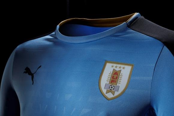82d613bcb La nueva camiseta de Uruguay - Ovación - 22/03/2016 - EL PAÍS Uruguay