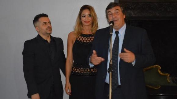 Ángel De Brito, Claudia Fernández y Sergio Botana