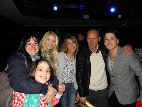 Yao Cabrera y su familia