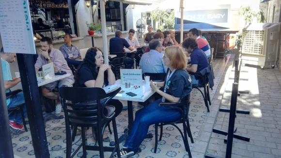 Networking. El festival sirvió como una plataforma para acercar a emprendedores, multinacionales e inversores.