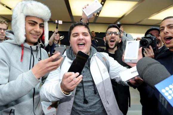 Euforia por el iPhone 7 en Australia. Foto: EFE