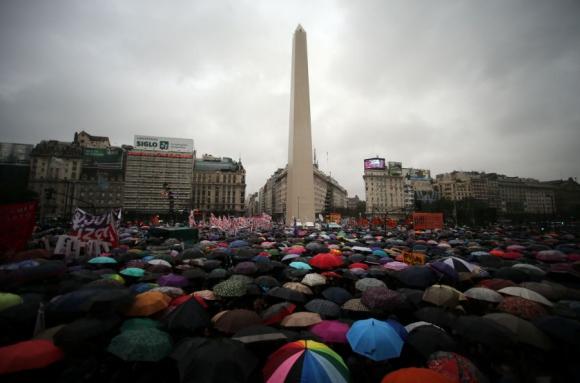 Argentina: En lo que va de este año asesinaron a 170 mujeres. Foto: Reuters