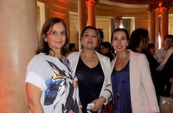 Ana Buonomo, Mónica Beux, Camila Rivera.