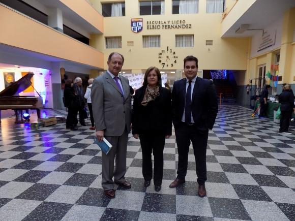 Enrique González de Toro, Janet Silveira, Joaquín Guillen.