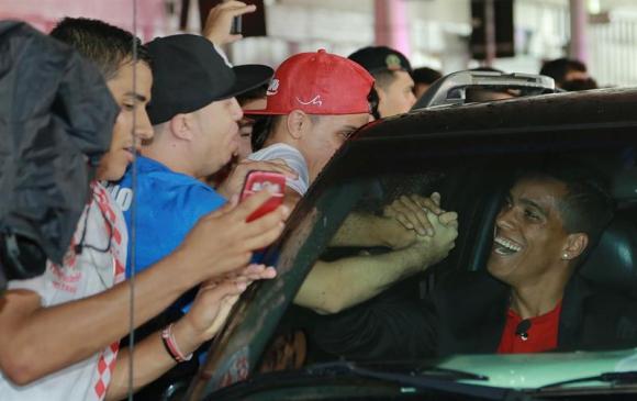 Wendell Lira en su llegada a Brasil. Foto: EFE