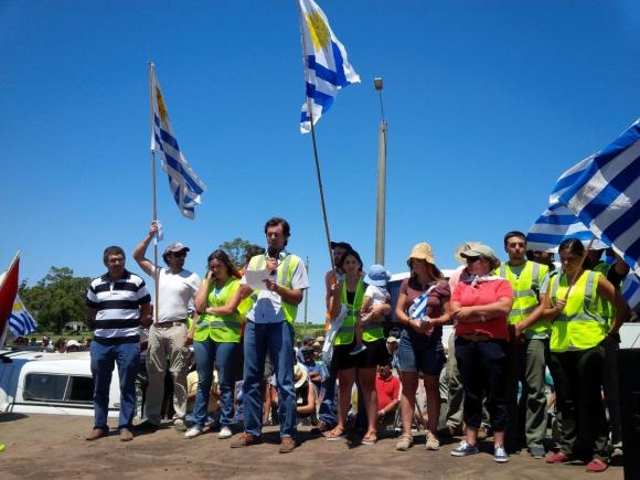 Protesta de tamberos en Libertad por suba de tarifas. Foto: Florencia Barre