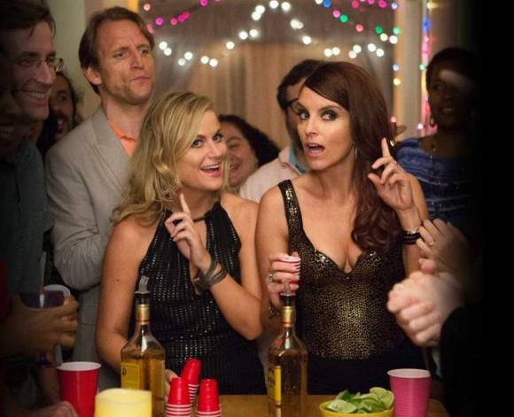 Dos hermanas organizan una gran fiesta para despedir la casa en que se criaron.