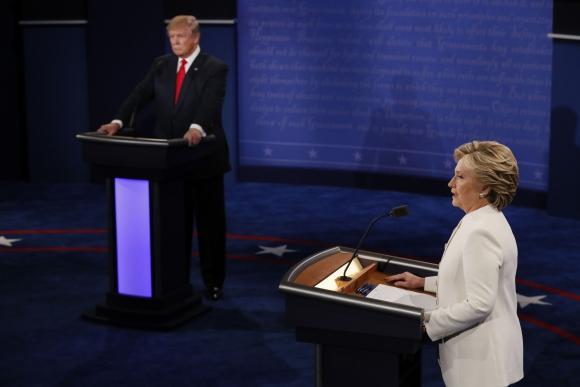 Tercer y último debate entre Clinton y Trump. Foto: AFP