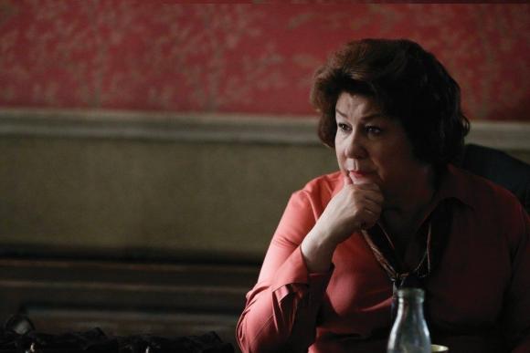 Margo Martingale ganó el Emmy a Actriz Invitada por esta serie.