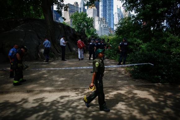 Joven resultó herido a causa de una explosión. Foto: AFP