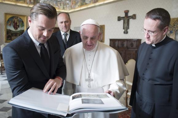 El Papa se reunió con Di Caprio, Foto: EFE