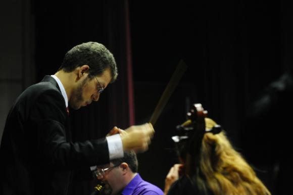 Daniel Hasaj en plena dirección (Foto: Gerardo Pérez)