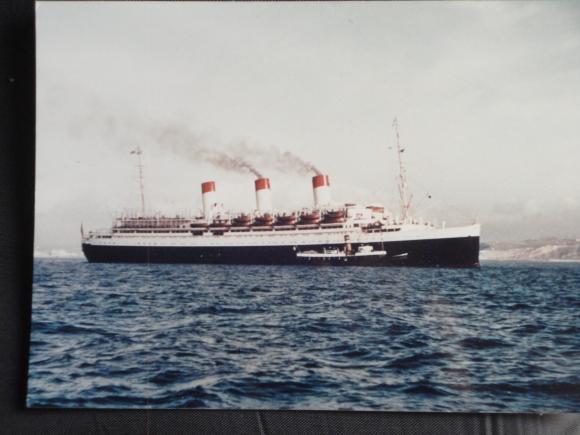 """El barco italiano """"Conte Biancamano"""". Foto: El País"""