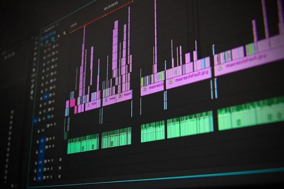 Adobe presenta un software que puede imitar su voz - 09/11/2016 ...
