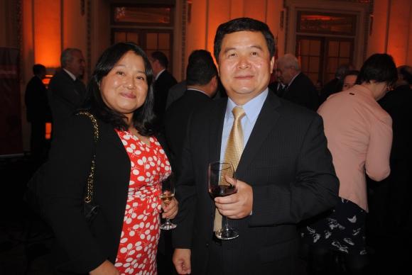 Embajadora de Japón Keiko Tanaka, Embajador de China Dong Xiaojun.