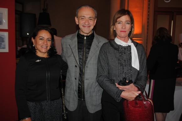 Erika Bello de Arroyo, José Miguel Onaindia, Jeannie Fontaina.