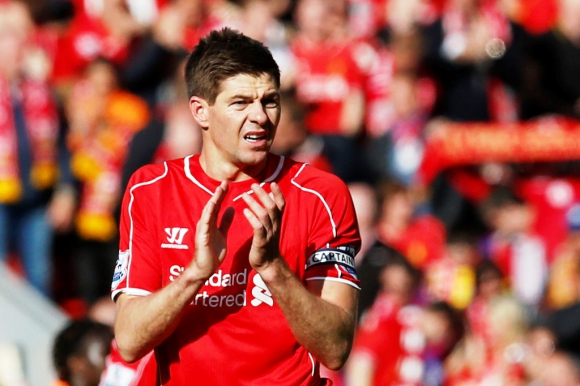 Las imágenes del adiós de Gerrard. Foto: Reuters